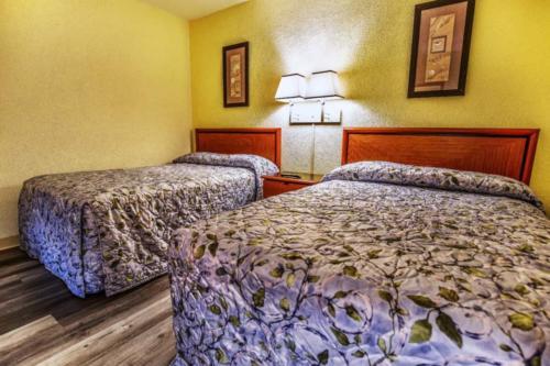 D -Pool Oceanview 1 Bedroom Efficiency Suite- 2 Double Beds (7)